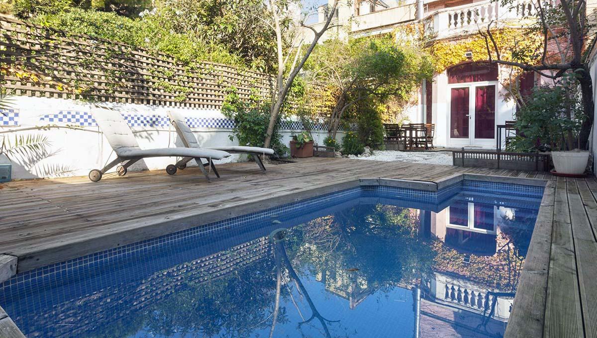alquilar un apartamento turístico: casa con piscina