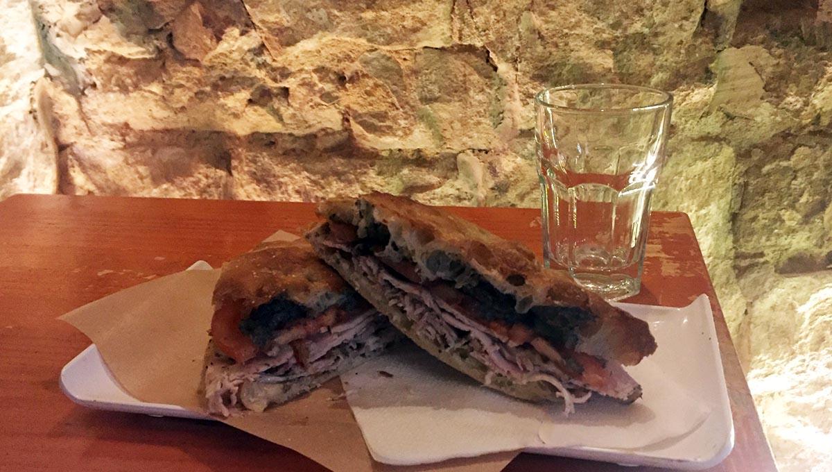 sandwich italien du Narciso dans le Born