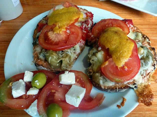 la-nena pan gratinado y tomate