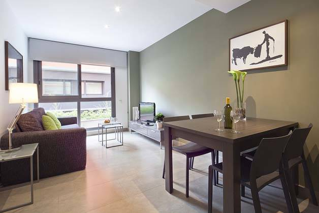 Bonavista apartamentos Barcelona comedor y sala de estar