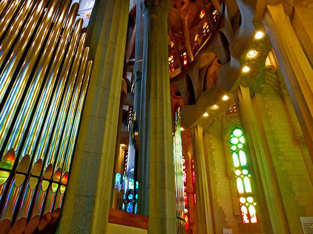 sagrada familia órgano