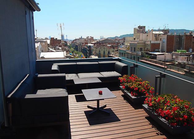 Hotel Cram terraza