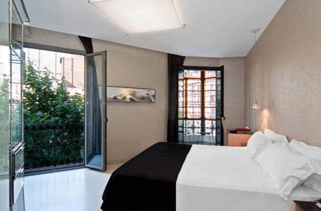 hotel axel habitación