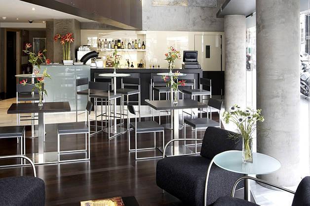 cafetería hotel Madanis
