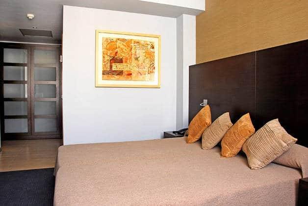 habitación doble hotel madanis