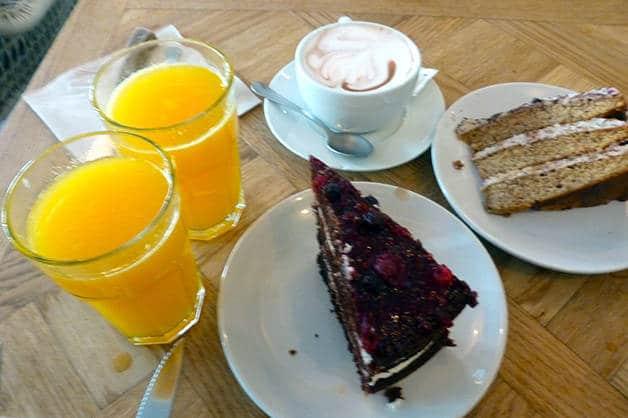 brunch & cake pasteles