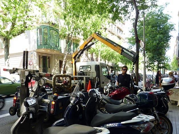 grúa moto