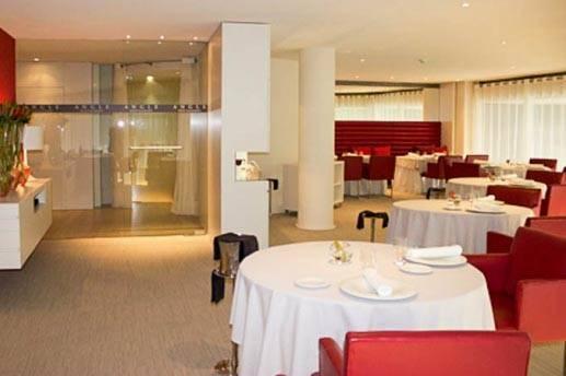 hotel cram restaurante angle