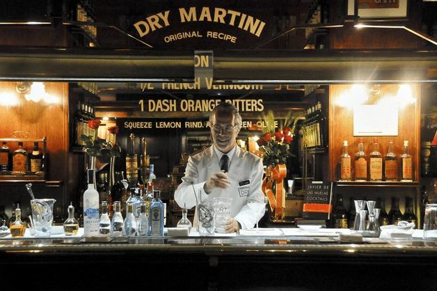 dry martini bar Barcelona glamour