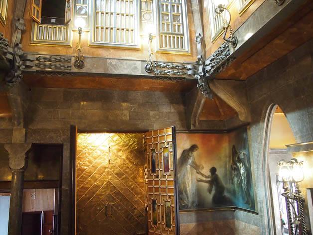 capilla palau güell