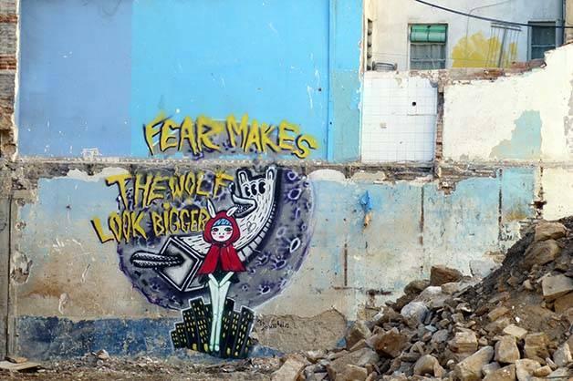 street-art caperucita roja