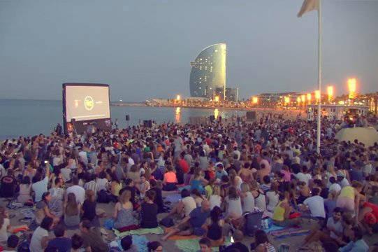cinema lliure cine en la playa actividades gratuitas