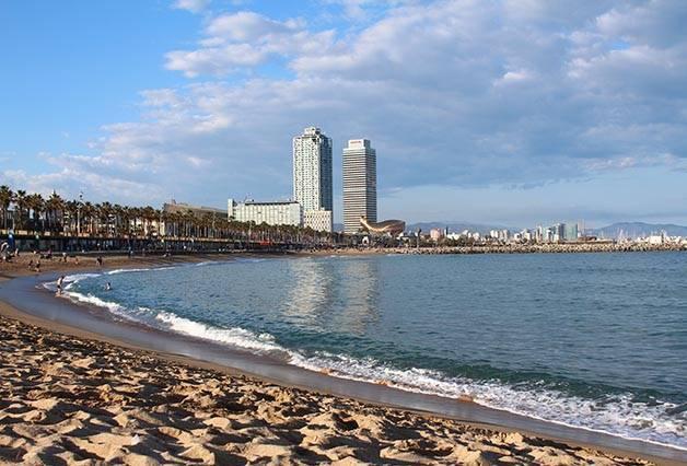 playa de la Barceloneta actividades gratuitas