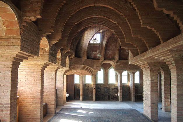 torre bellesguard arcadas y bóvedas