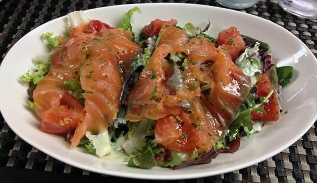 ensalada de salmón bubó