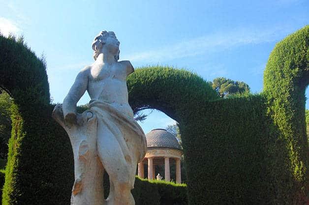 parque del laberinto de horta estatua