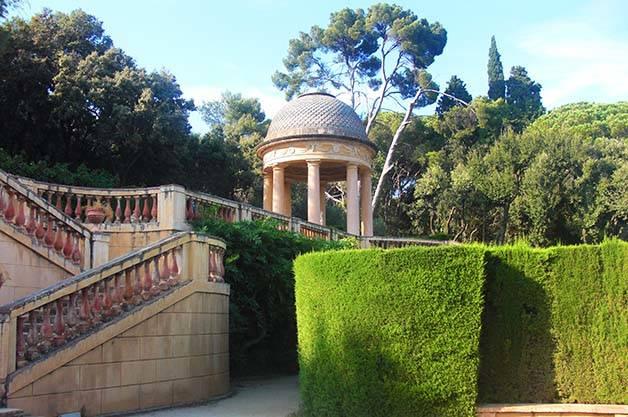 parque del laberinto de horta escaleras