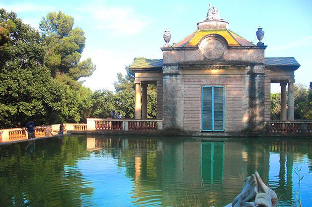 parque del laberinto de horta estanque