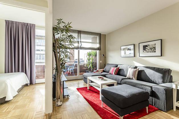alquilar un apartamento en Barcelona habitación