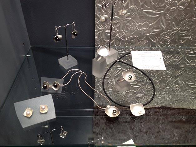 joyería: locura cotidiana modelos con perlas