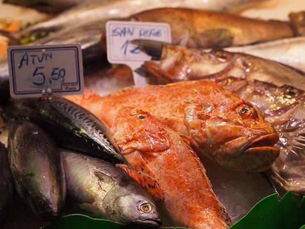 mercado Barcelona mercat santa caterina pescado