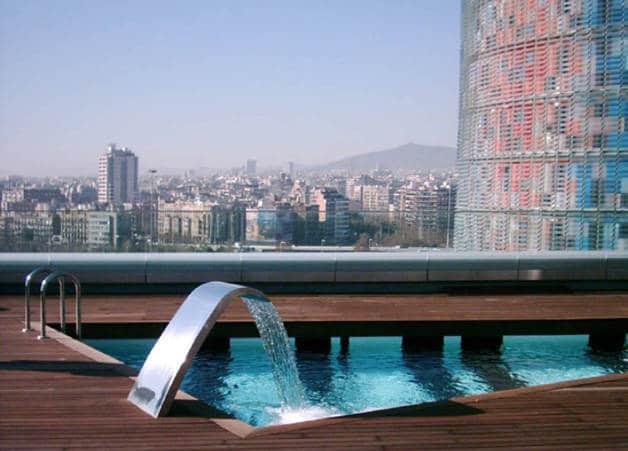 Hotel Silken Diagonal Barcelona España diseño