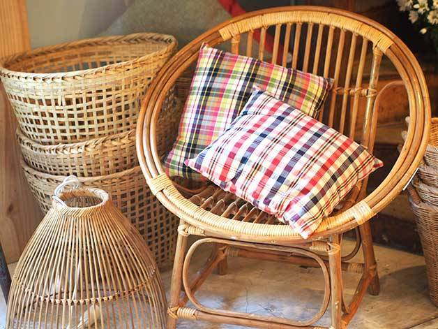sillón redondo de mimbre La Variété