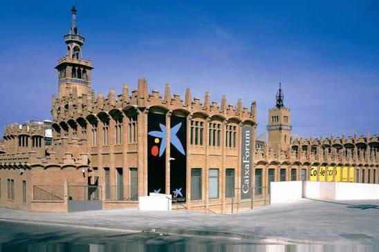 caixaforum barcelona al pie de Montjuiïc