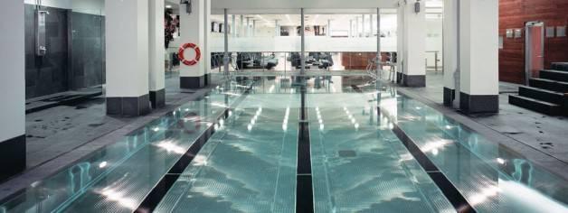gimnasios Barcelona: holmes piscina cubierta