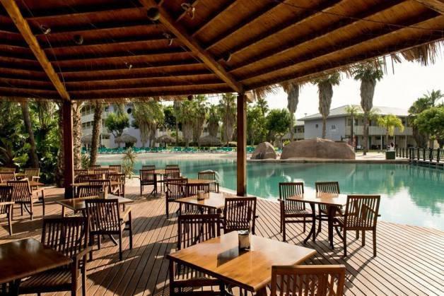 hoteles Port Aventura Caribes restaurante
