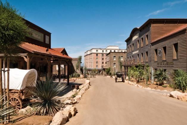 hoteles Port Aventura Gold River