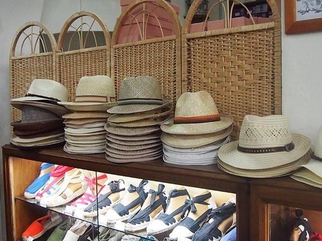 la manual alpargatera: alpargatas y sombreros