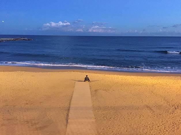 playa vacía estancia febrero