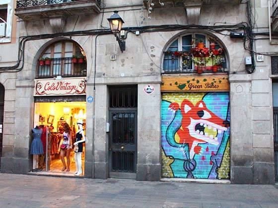 tiendas del Raval