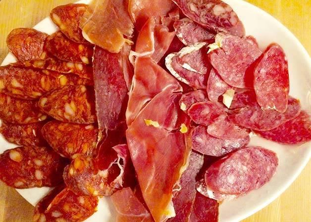 Rekons-embutido-jamón, salchichón, chorizo