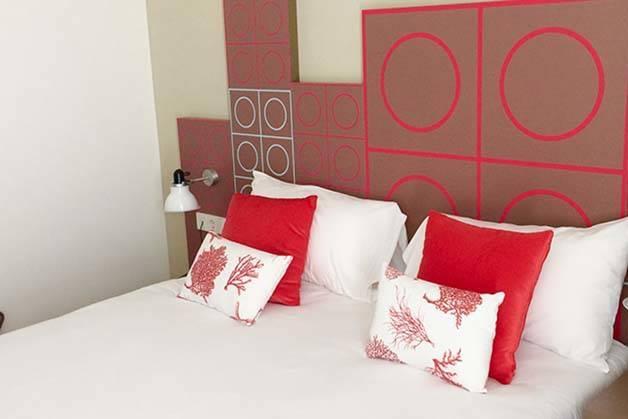 hotel Ibis Style centre habitación roja