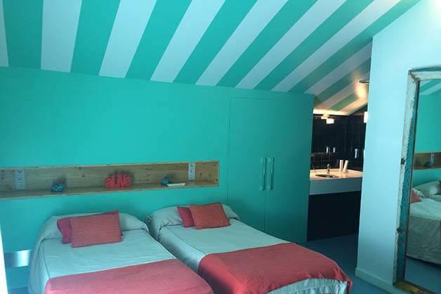 amistat beach hostel habitación