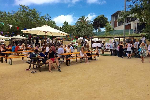 brunch in the park terrazas y sombrillas