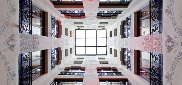 hotel España hall modernista