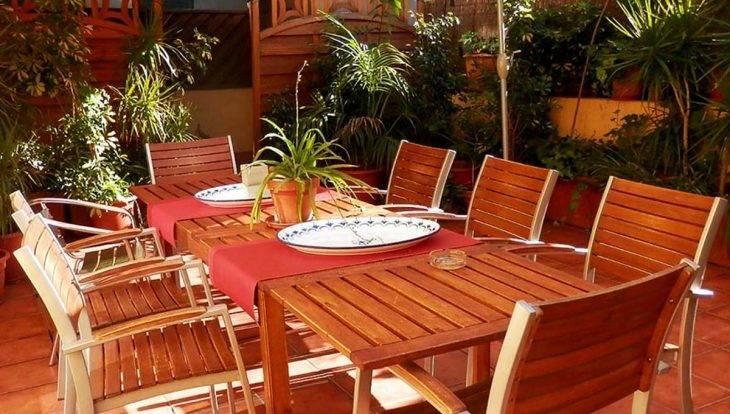 albergue Central Garden terraza