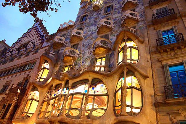 Casa Batlló de noche