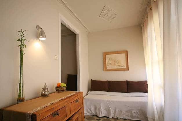 vrabac habitación detalles