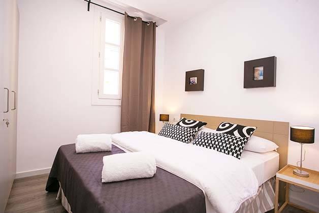 Apartamentos Deco Sants Fira habitación