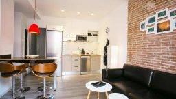 Apartamentos Deco Sants Fira