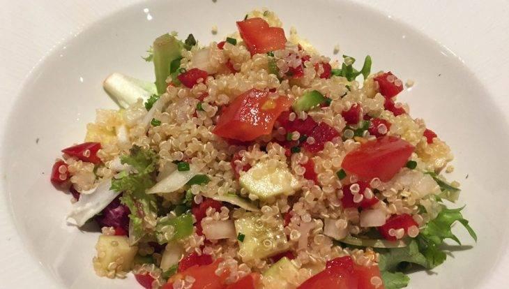 comida vegana, ensalada de couscous Trencadís