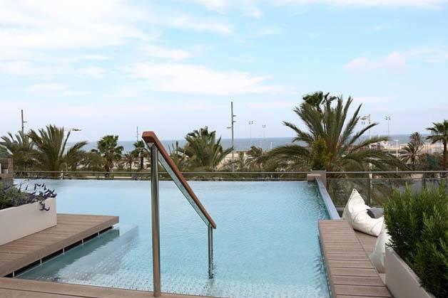 Hoteles en Barcelona: Barcelo Atenea Mar