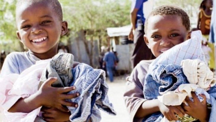 Uniqlo: ropa de segunda mano distribuida a los países en vías de desarrollo
