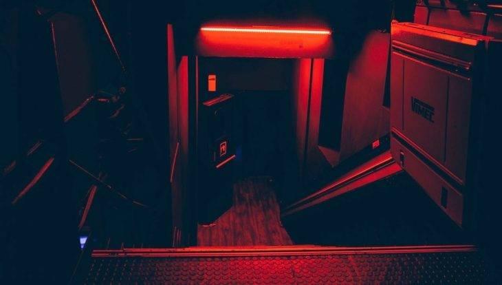Entrada The Red58 discoteca de música electrónica