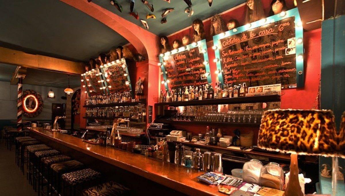 mejores bares: barra de Sor Rita