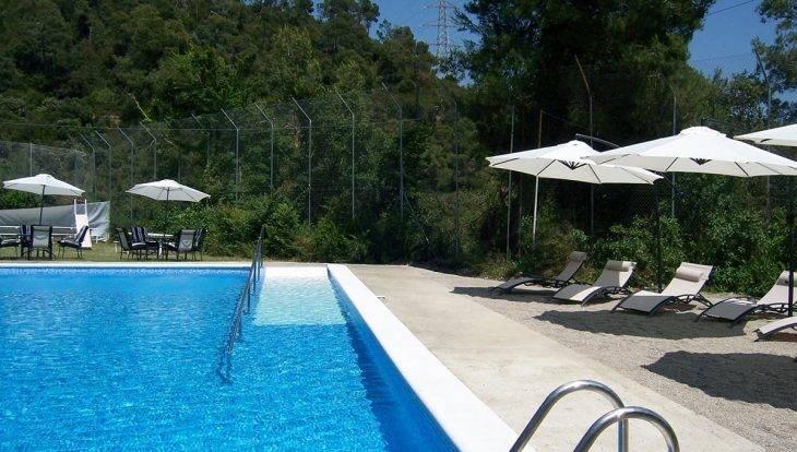 albergues en Barcelona con piscina: Inout hostel